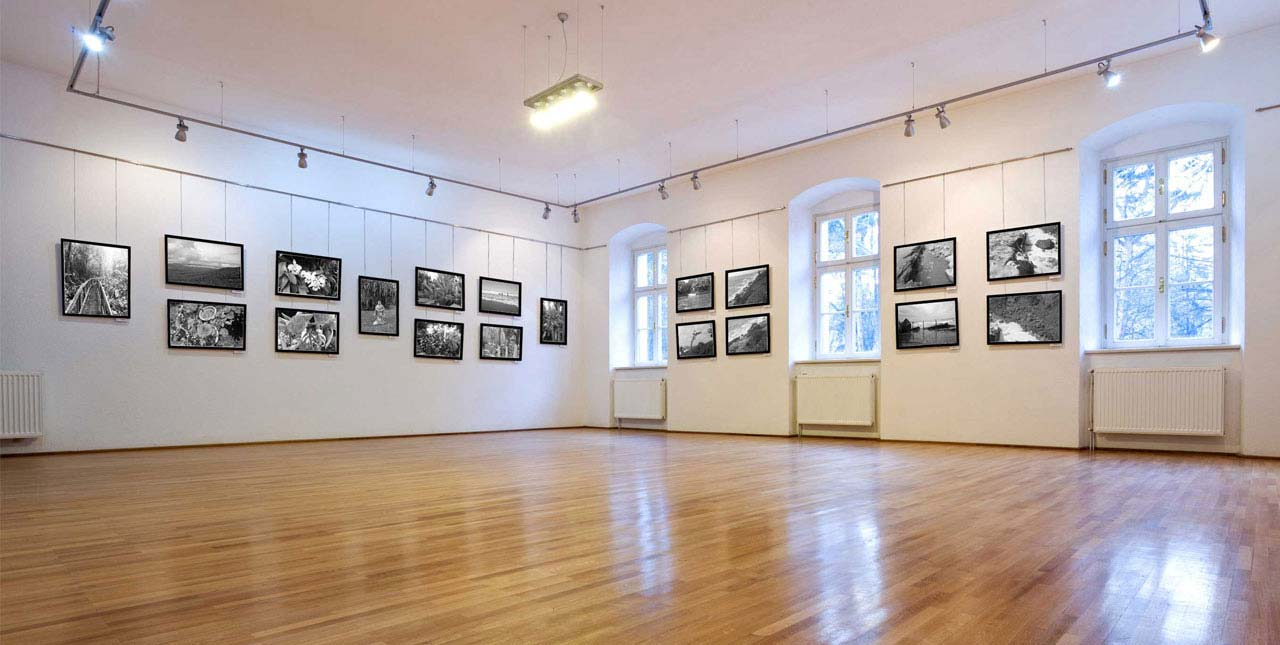 art picture hanging systems gallery hanging systems