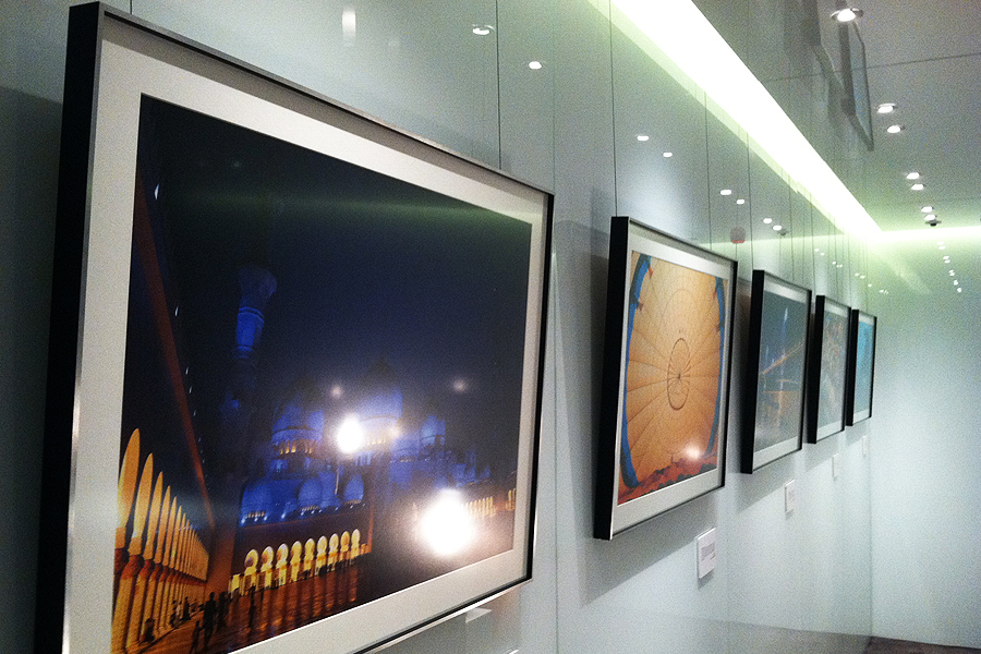 Artwork Hanging System Sky Ceiling Mounted Rail System